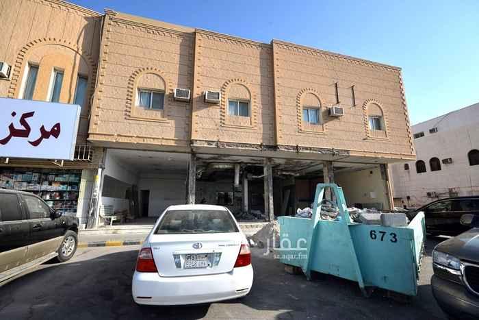 محل للإيجار في شارع مصعب ابن عمير ، حي الملز ، الرياض