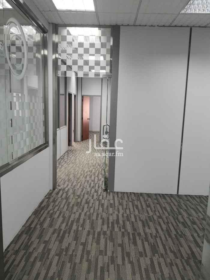 مكتب تجاري للإيجار في طريق مكة المكرمة الفرعي ، حي السليمانية ، الرياض ، الرياض