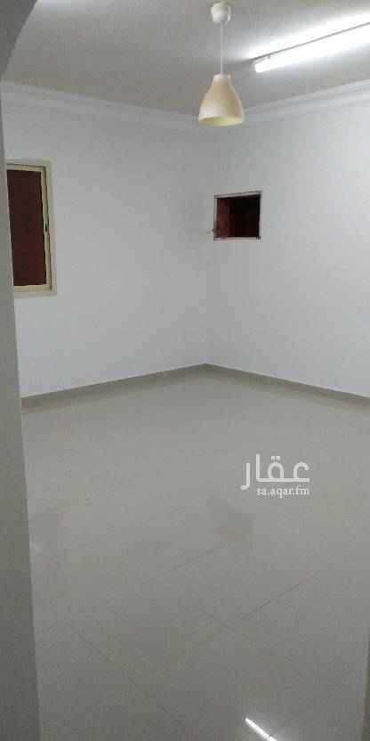 شقة للإيجار في شارع احمد الكاتب ، حي الدرعية الجديدة ، الرياض