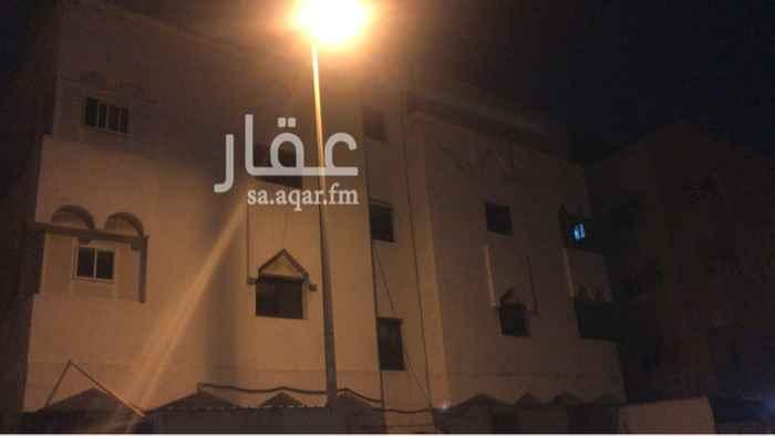 عمارة للبيع في شارع محمد بن احمد الفارسي ، حي النزهة ، جدة ، جدة