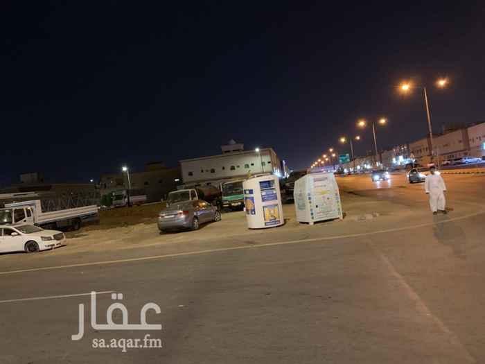 أرض للبيع في شارع نهاوند ، حي العزيزية ، الرياض