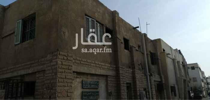 بيت للبيع في شارع الفنون الرفيعه ، حي الجامعة ، جدة