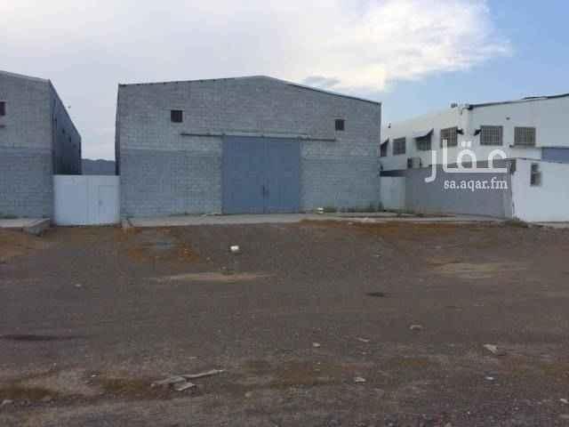 محل للإيجار في شارع عبد الله بن قيس الصباحي ، حي المنطقة الصناعية ، المدينة المنورة
