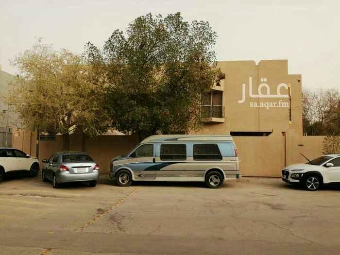 فيلا للبيع في شارع ابن اللبان ، حي الملك فهد ، الرياض