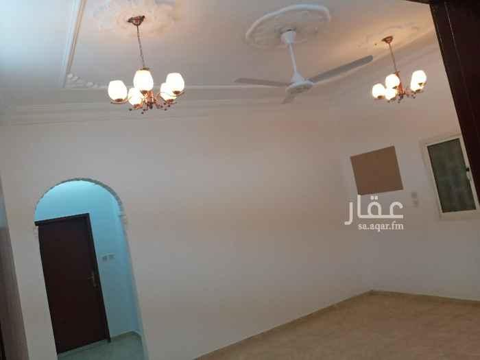 شقة للإيجار في شارع الإمام مالك ، حي الشاطيء ، جازان ، جزان