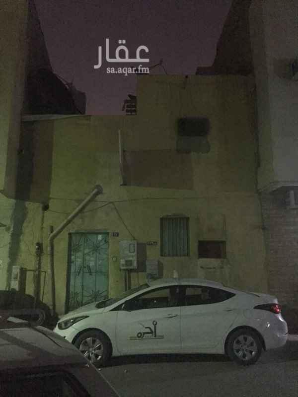 بيت للإيجار في شارع ابو خليفة ، حي ثليم ، الرياض ، الرياض