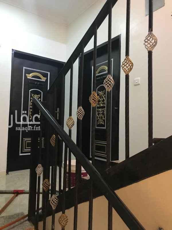 شقة للإيجار في شارع احمد بن الخطاب ، الرياض
