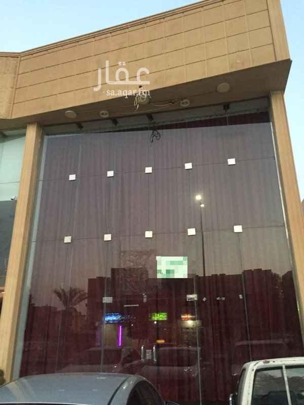 محل للإيجار في شارع الشيخ عبد العزيز بن محمد بن علي ، حي الزهرة ، الرياض