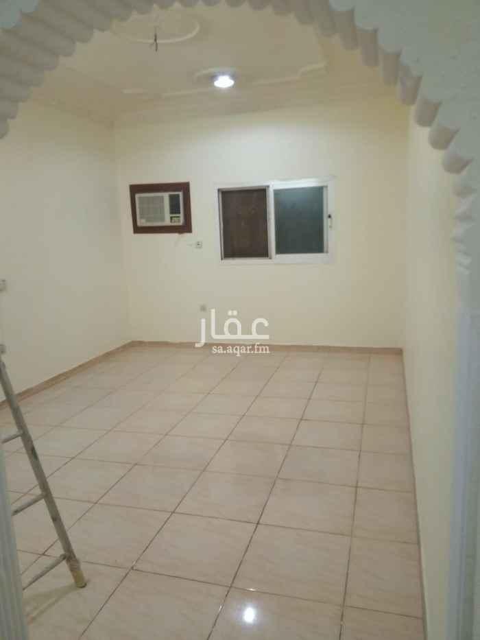 شقة للإيجار في شارع احمد عبدالله بن فيصل ، حي الملك فيصل ، الرياض ، الرياض