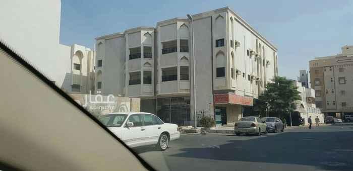 عمارة للبيع في شارع عبدالمحسن البسام ، حي النزهة ، جدة