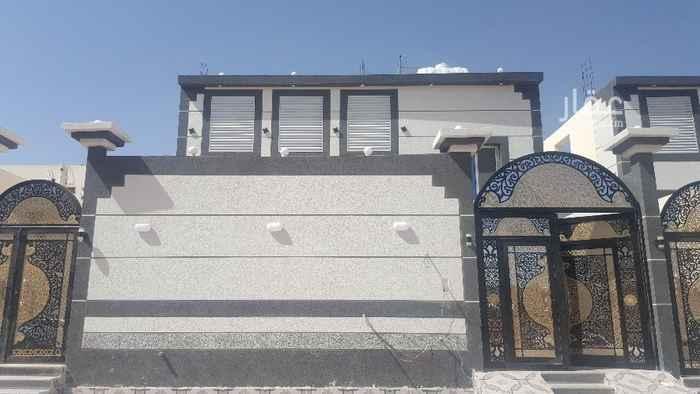 عمارة للبيع في شارع موسى بن الحسن الكوفي ، حي الدفاع ، المدينة المنورة ، المدينة المنورة