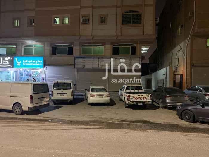 محل للإيجار في شارع ابو عبيدة عامر بن الجراح ، حي المنار ، الدمام ، الدمام