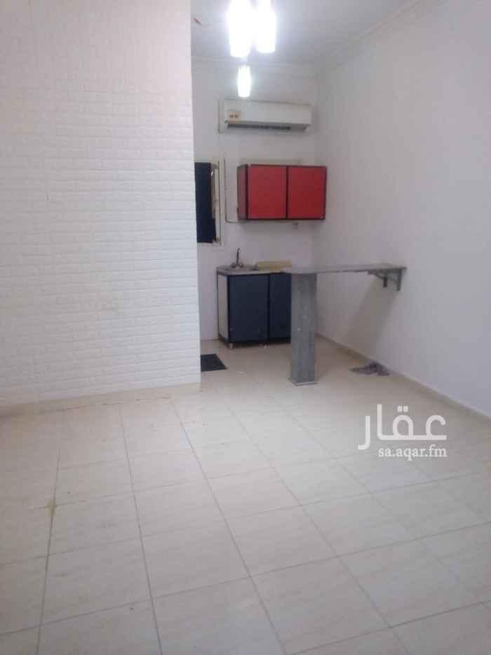 شقة للإيجار في شارع الدوحة ، حي الشهداء ، الرياض