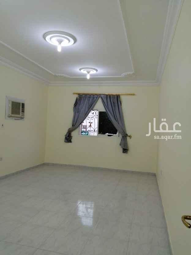 شقة للإيجار في شارع الامير سعود بن عبدالعزيز ال سعود الكبير ، حي الملك فيصل ، الرياض ، الرياض
