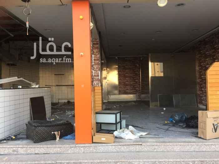 محل للإيجار في شارع عبدالرحمن بن عوف ، حي طيبة ، الدمام
