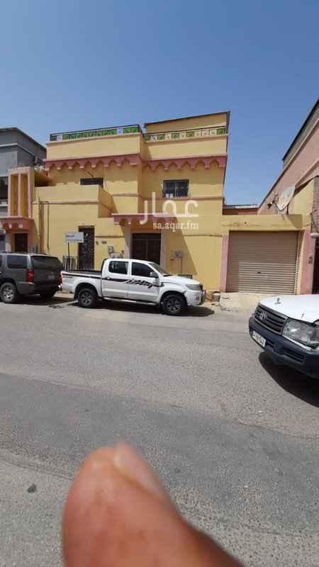 بيت للبيع في حي المعلمين الغربية ، الهفوف والمبرز ، الأحساء