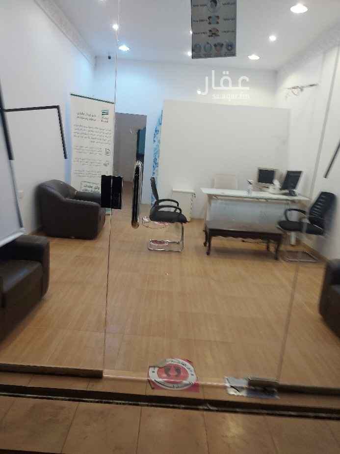 محل للبيع في شارع معاوية بن ابي سفيان ، حي ظهرة البديعة ، الرياض ، الرياض