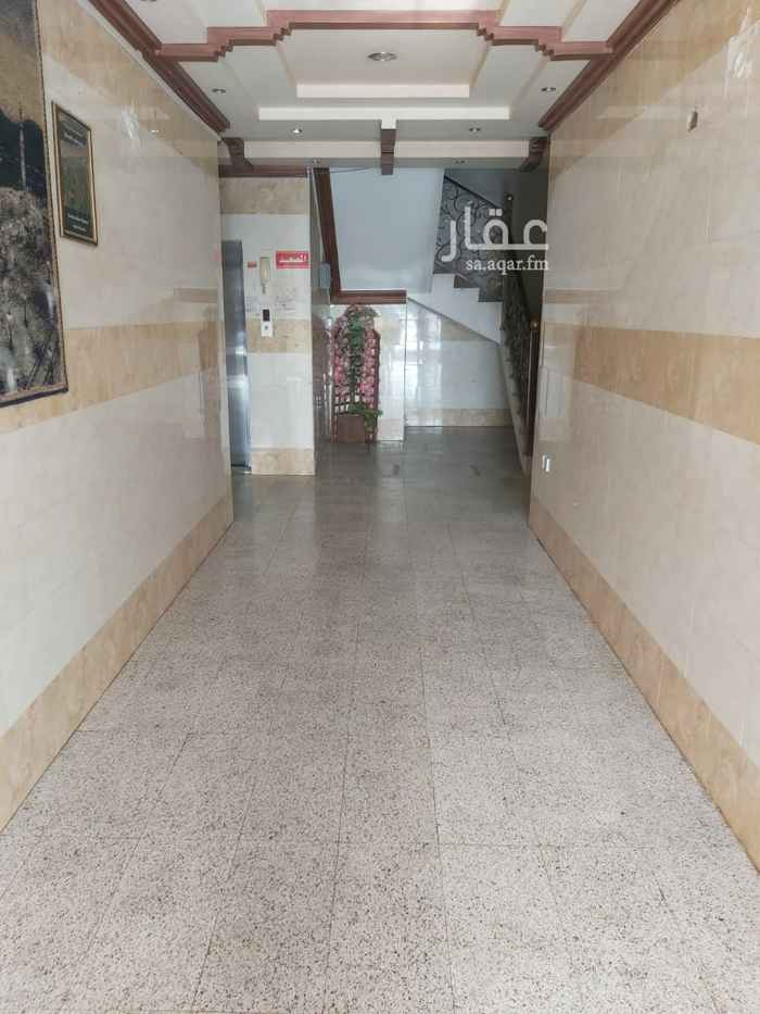 غرفة للإيجار في شارع البحار ، حي الحمراء ، الرياض ، الرياض