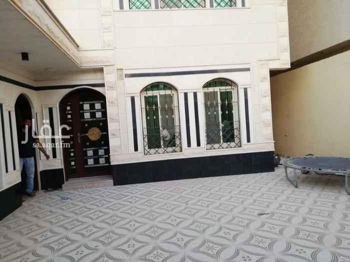 دور للإيجار في طريق السلطان قابوس بن سعيد ، حي المعيزيلة ، الرياض