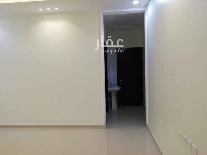 شقة للإيجار في شارع ابو بكر بن قاضي شهبه ، حي القادسية ، الرياض