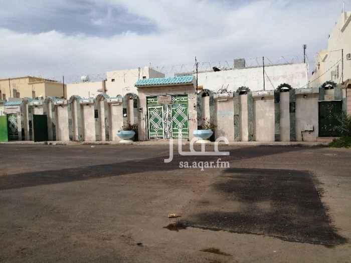 استراحة للبيع في شارع علي بن مسعد الباهلي ، حي الدفاع ، المدينة المنورة