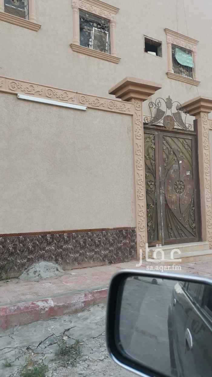 بيت للبيع في شارع الطريف ، حي طويق ، الرياض ، الرياض