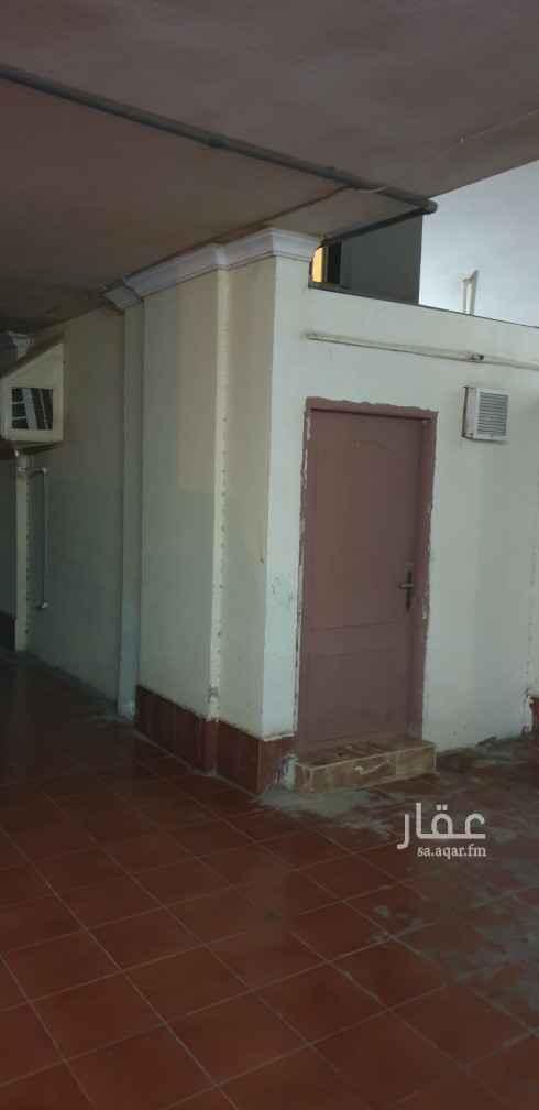 غرفة للإيجار في شارع عصمة بن السرت ، حي الزهراء ، جدة ، جدة