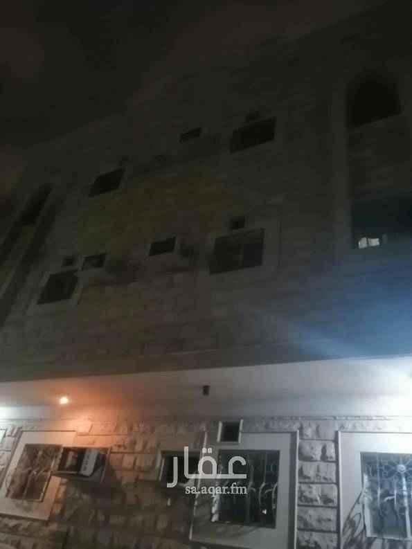 شقة للإيجار في شارع الاخاء ، حي العقربية ، الخبر