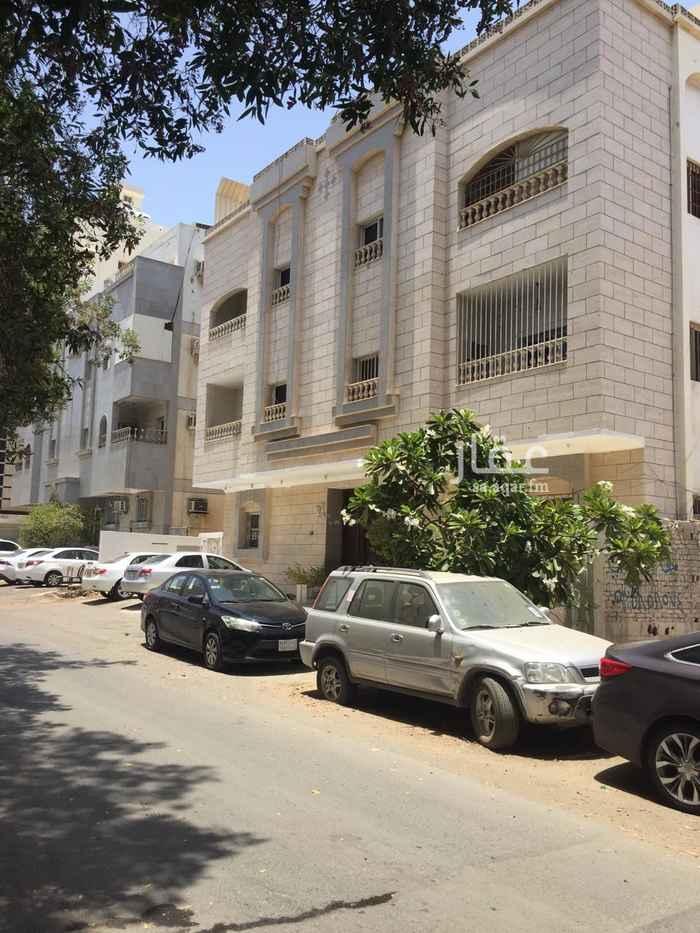 عمارة للبيع في شارع عبدالله ابو هريره ، حي البوادي ، جدة