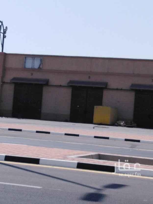 مستودع للإيجار في شارع الملك عبد العزيز ، حي الصناعية ، الدمام ، الدمام