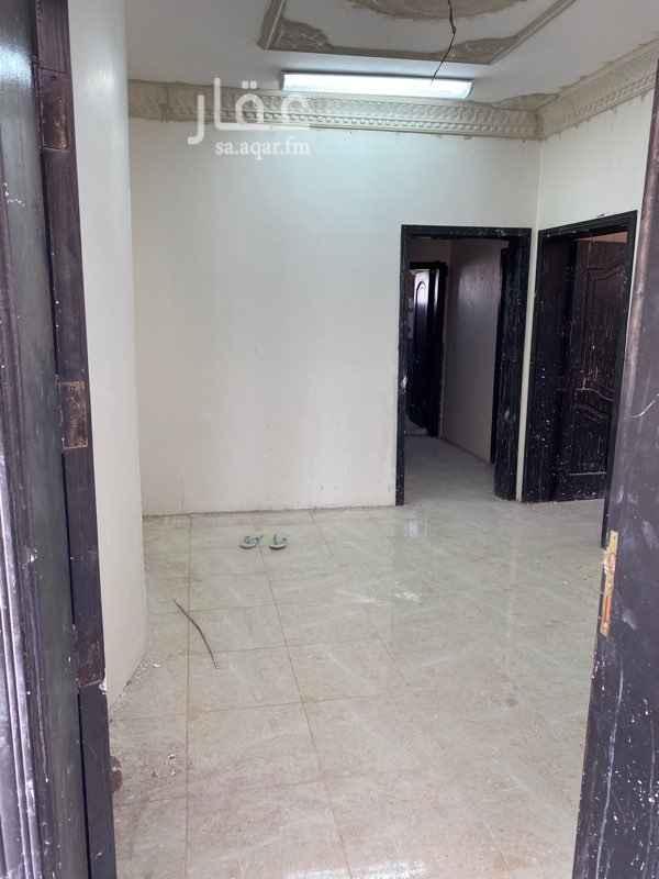 شقة للإيجار في شارع محمد بن بشر بن بشير ، حي الرانوناء ، المدينة المنورة