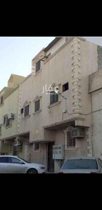 عمارة للبيع في شارع قتيبة بن مسلم ، حي منفوحة ، الرياض