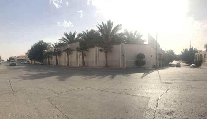 فيلا للبيع في شارع عبدالرحمن الفرضي ، حي الربوة ، الرياض