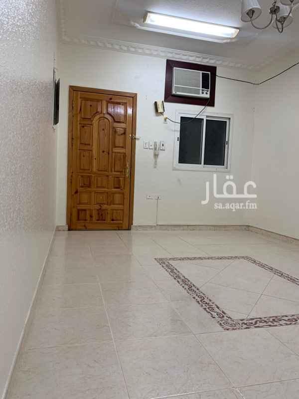 شقة للإيجار في شارع الاحرار ، حي العقربية ، الخبر ، الخبر