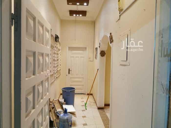 مكتب تجاري للإيجار في شارع على بن هاشم ، حي الخالدية ، المدينة المنورة