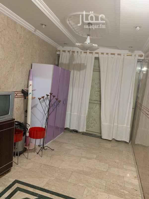 شقة للإيجار في شارع حنيفه ابو حذيم ، حي النزهة ، جدة