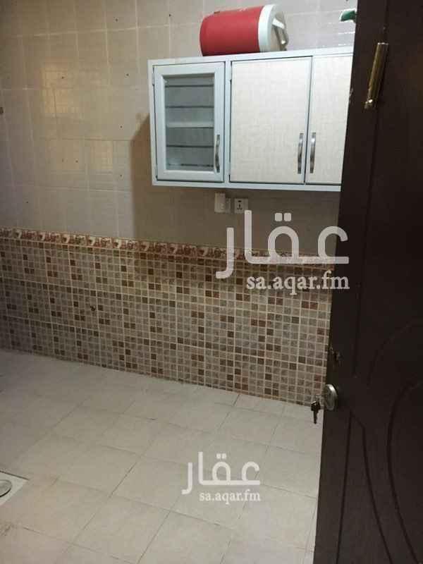شقة للإيجار في حي ، شارع خليفه العتيبي ، حي القيروان ، الرياض ، الرياض