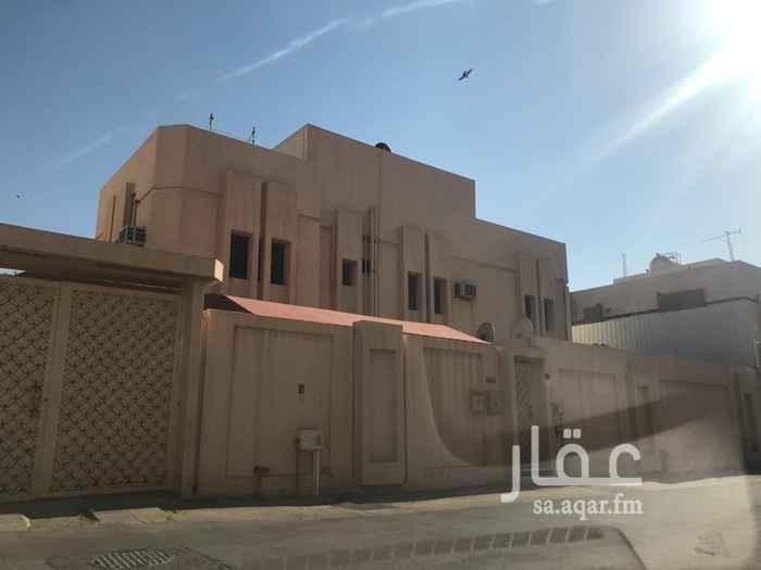 فيلا للبيع في شارع ابي البدر ، حي الملك فهد ، الرياض