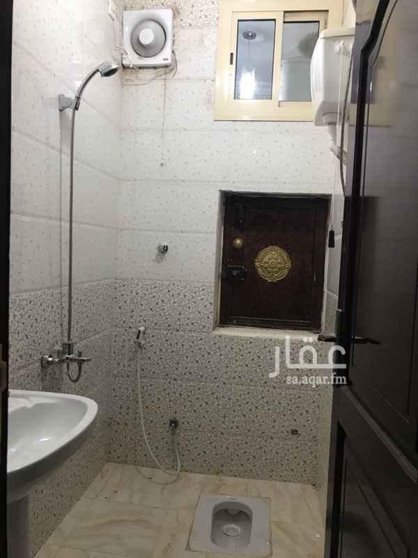 شقة للإيجار في شارع محمد بن صالح الصيمري ، حي الدفاع ، المدينة المنورة
