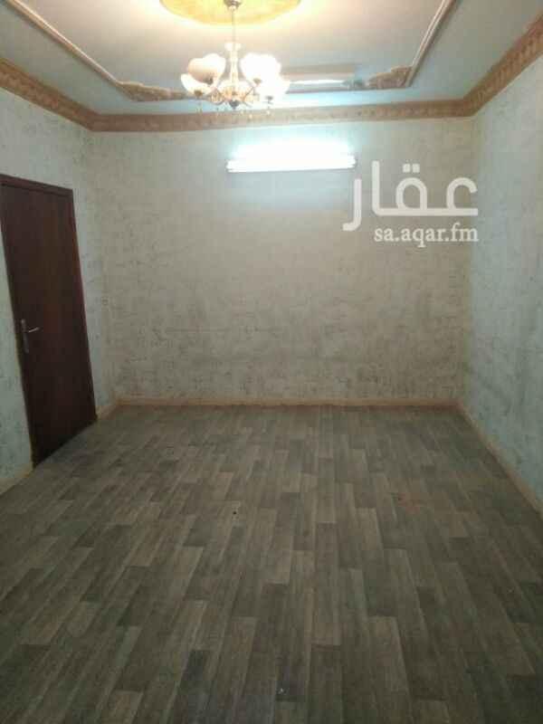 دور للإيجار في شارع الامام محمد اسماعيل الصنفاني ، حي الخليج ، الرياض