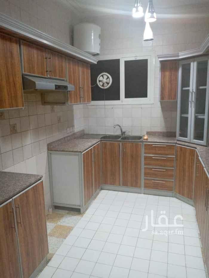 شقة للإيجار في شارع ديروط ، حي الربيع ، الرياض ، الرياض