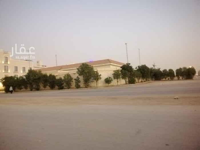 أرض للبيع في شارع عبدالحي أبي خضير ، حي القيروان ، الرياض