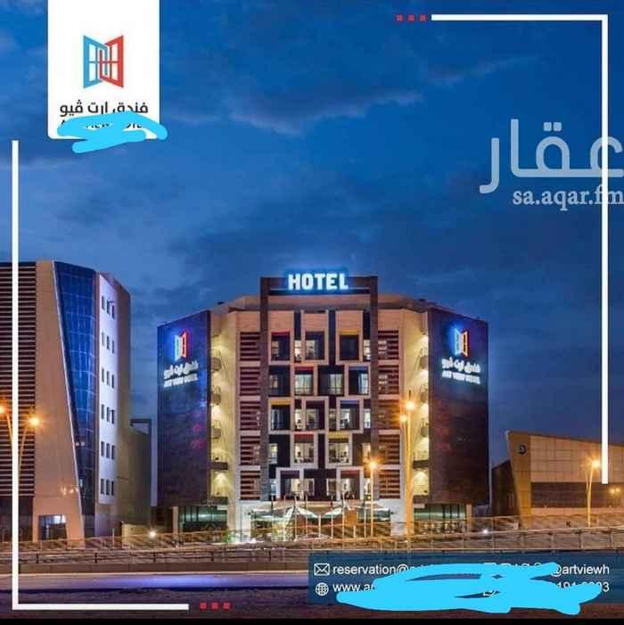 عمارة للبيع في شارع محمد العثماني ، حي المغرزات ، الرياض ، الرياض