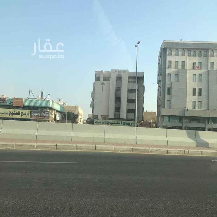 عمارة للبيع في شارع الامير محمد بن عبدالعزيز ، حي العزيزية ، جدة