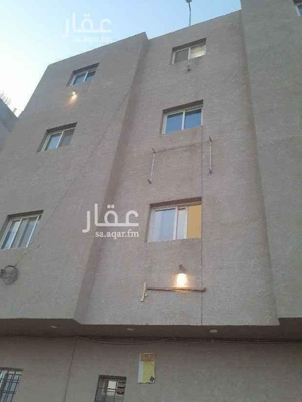 عمارة للبيع في حي ، شارع سالم بن عمير الاوسي ، حي العارض ، الرياض