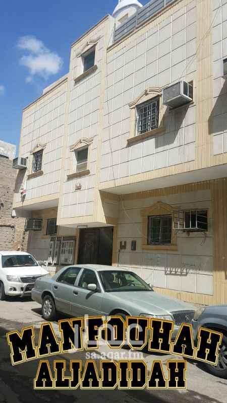 عمارة للبيع في شارع ابي المعالي المدني ، حي منفوحة الجديدة ، الرياض