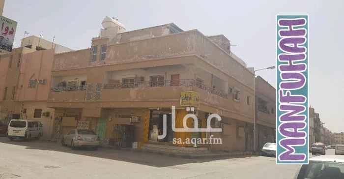 عمارة للبيع في شارع عمرو بن عتاب ، حي منفوحة ، الرياض