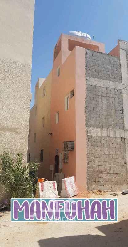 عمارة للبيع في شارع بني مالك ، حي منفوحة ، الرياض