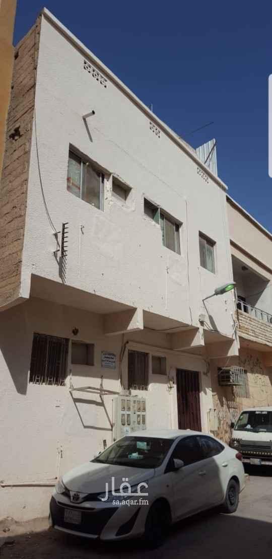 عمارة للبيع في شارع معدان بن ربيعة ، حي عتيقة ، الرياض ، الرياض