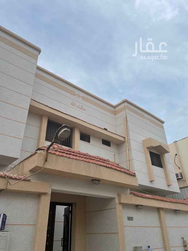 دور للإيجار في شارع عدي بن مسافر ، حي بدر ، الدمام ، الدمام